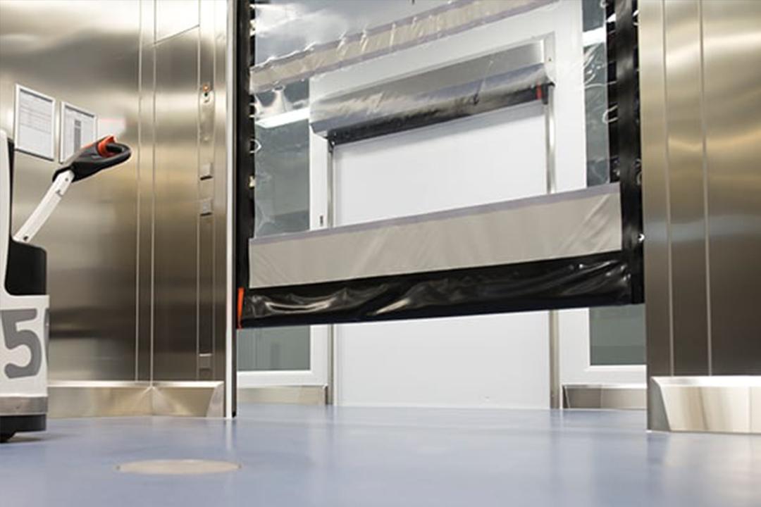 Flexibles Schnelllauftor für den Innenbereich